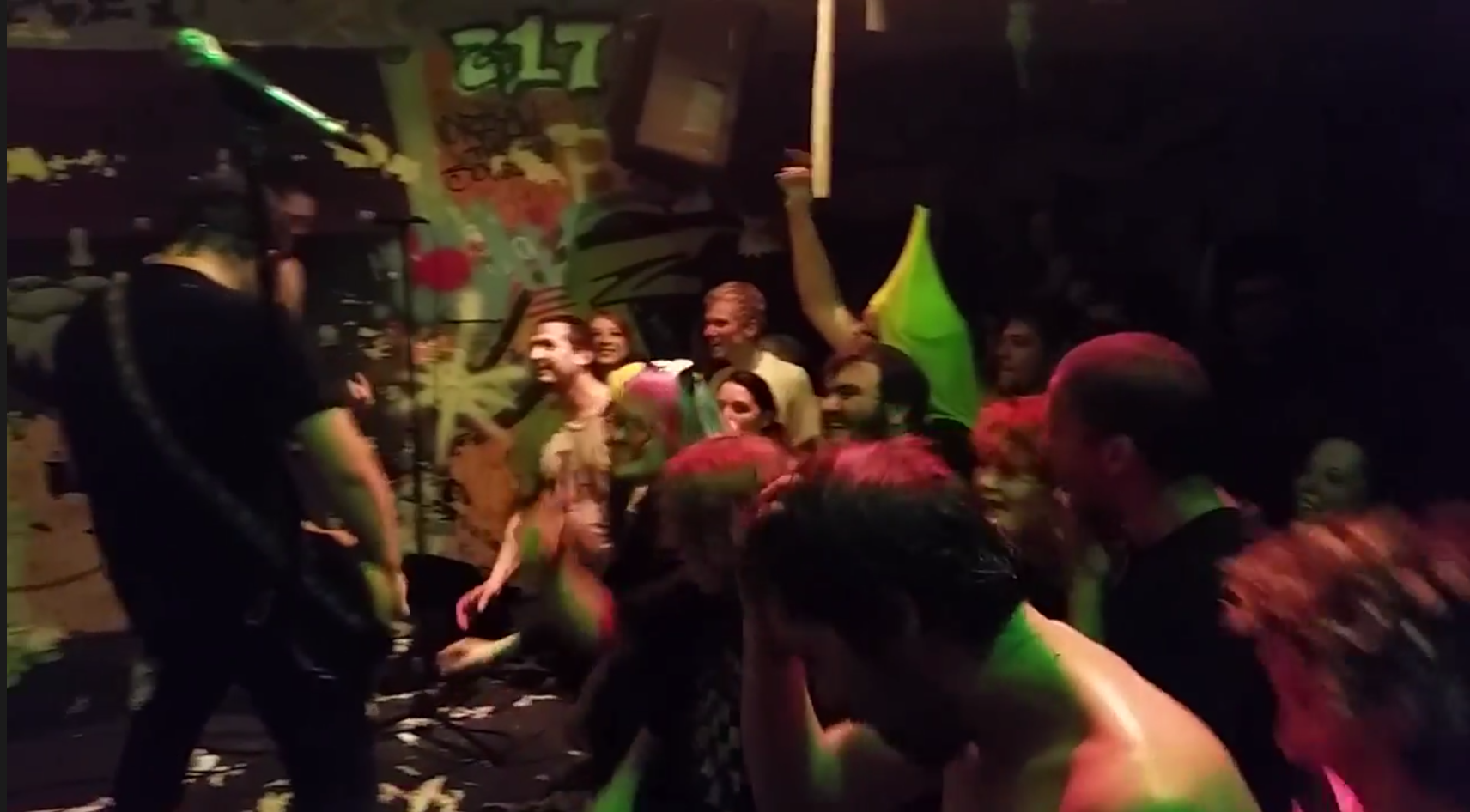 videos: don't mess with winkie reunion at black sheep halloween show