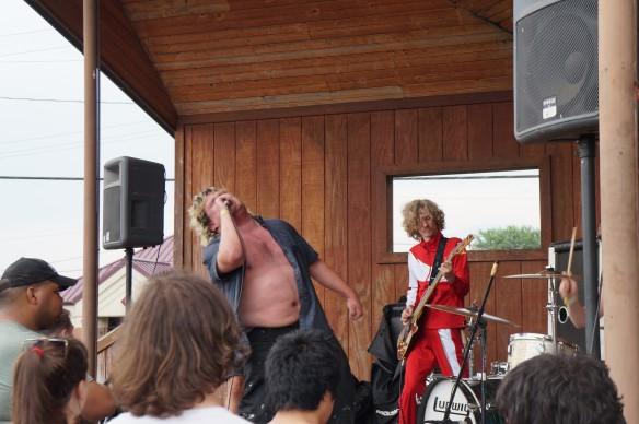 rock_n_roll_hardee_s_-_livin_thing_8_34_